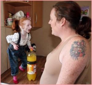 Самая маленькая девочка на планете. Фото