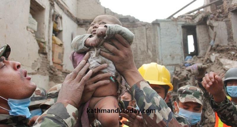 Спасение маденца в Непале